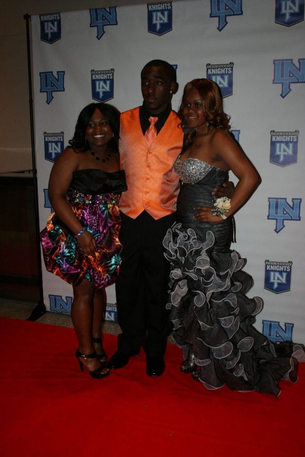 Click on this photo to see the 2012 Loy Norrix Prom Slideshow.