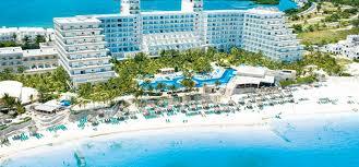 Photo from http://www.signaturevacations.com/Cancun/Hotels/Riu-Caribe.asp  A picture of the Riu Caribe hotel in Cancun
