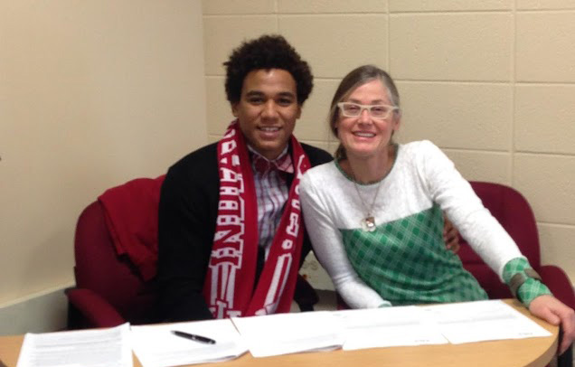 Senior Jay McIntosh Officially Signs with Indiana University Men's Soccer