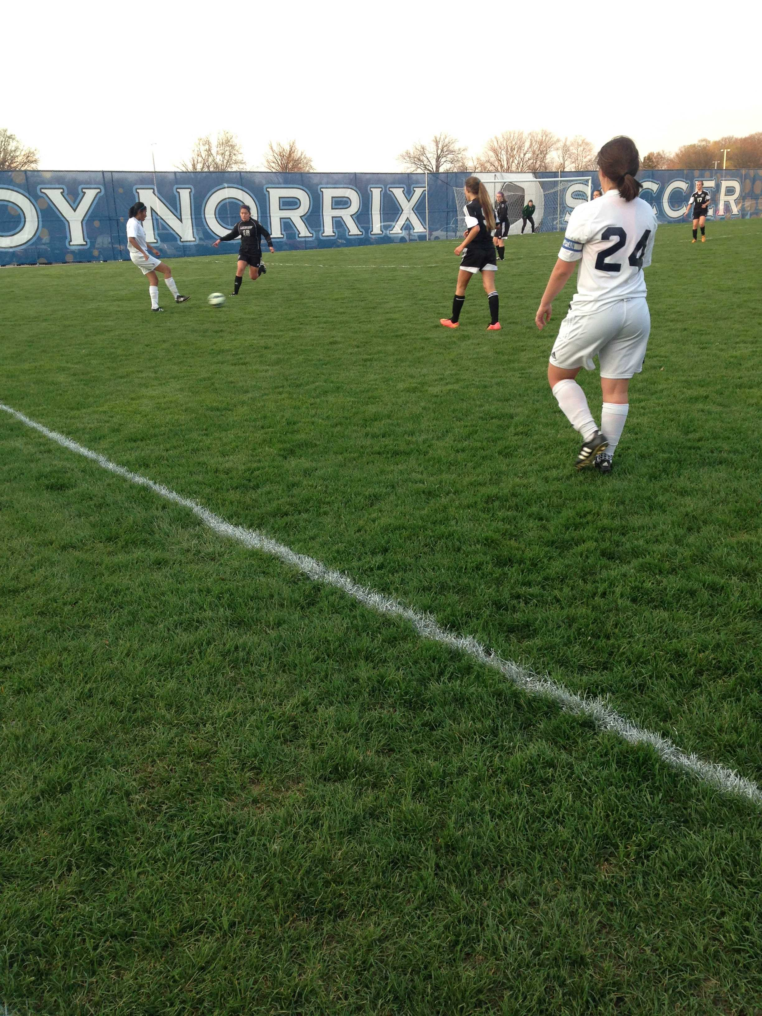 Julie Zabik and Lena Wood play against Battle Creek Lake view, they were victorious 3-0. Photo Credit / Ashtyn Kenbeek