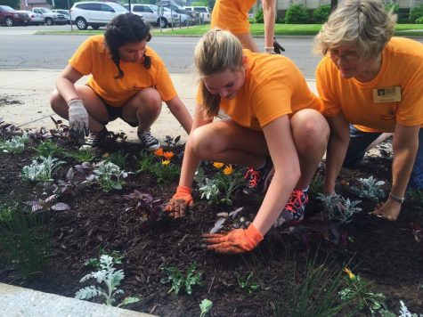 Rival Schools Work Together to Beautify Downtown Kalamazoo