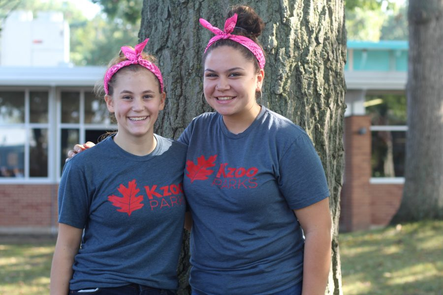Loy Norrix Spirit Week: Twin Day
