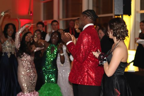 Prom on the Pavement gives seniors one last chance to let loose