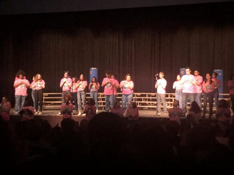 Loy Norrix choir sings to EmpowHER