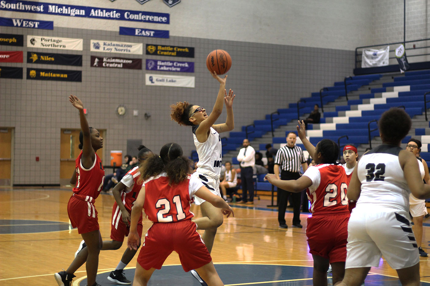 Victoria McGowan playing in the Junior Varsity basketball game on Tuesday. McGowan looked up to both Kobe and Gianna Bryant.