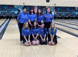 Alexandria Stone and the LN bowling teammates pictured above.