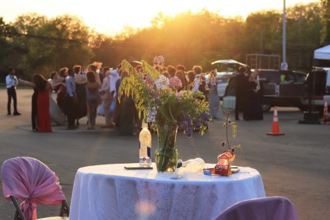 Prom on the Pavement offers upperclassmen relief after year of online school
